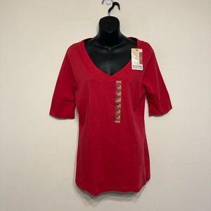 🌸 3/$20 NWT Mossimo red V-neck T-shirt
